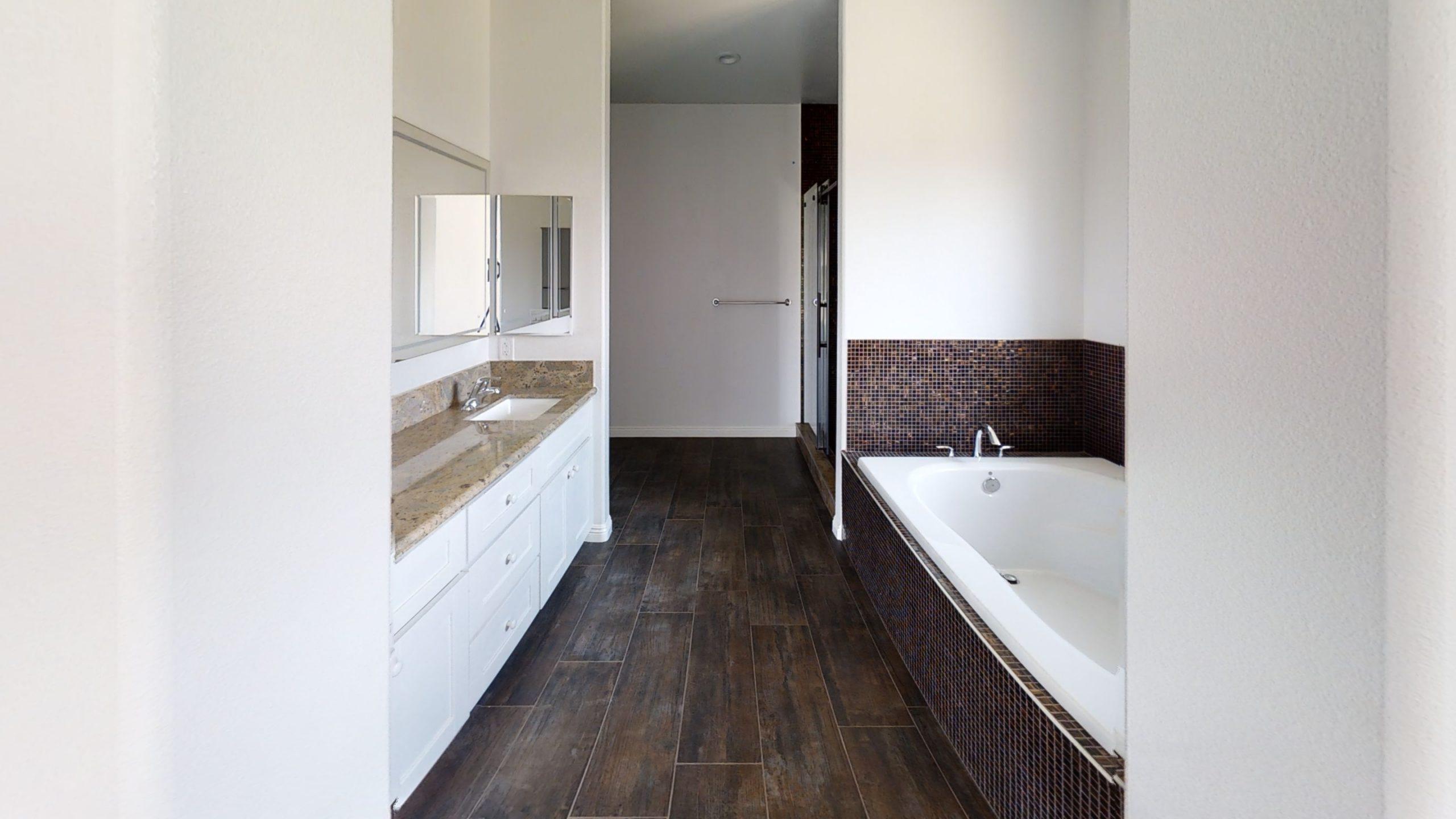 Barona-Bathroom